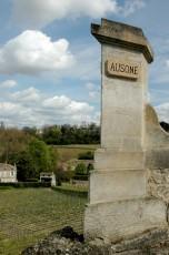 Château d'Ausone en avril 2006